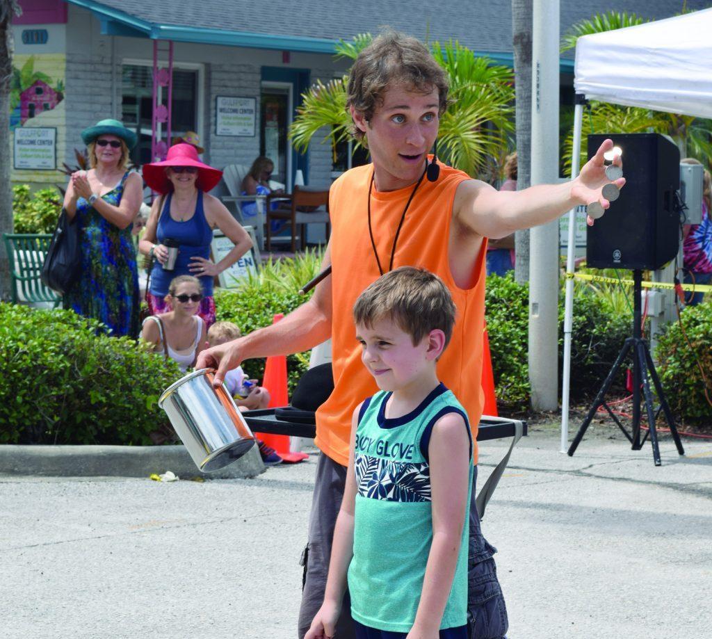 Festival Magician, Festival Magicians, Festival Magic show